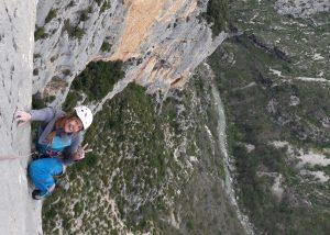 Im Nachstieg ist die Angst beim Klettern leichter zu handeln